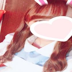 れいな(18、154㎝、ロリスレンダー)