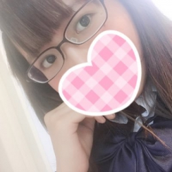 みお(19、152㎝、ロリ)
